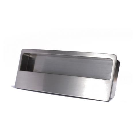 Recessed cabinet handle